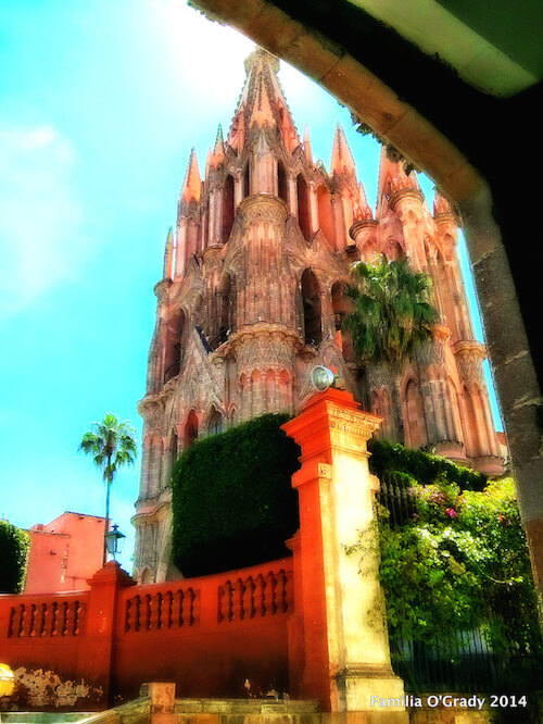 Parroquia through Casa Allende