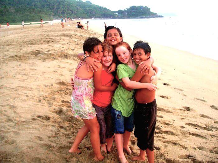 kids with friends san pancho beach